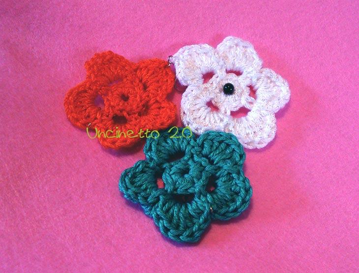 Fiorellini 2D a 5 petali - Uncinetto 2.0